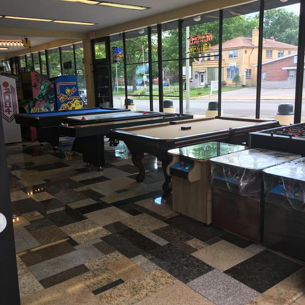 Arcades Market: 4664 South Grand Blvd, Saint Louis, MO