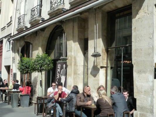 Le carr french 18 rue temple beaubourg paris for Restaurant le miroir paris 18