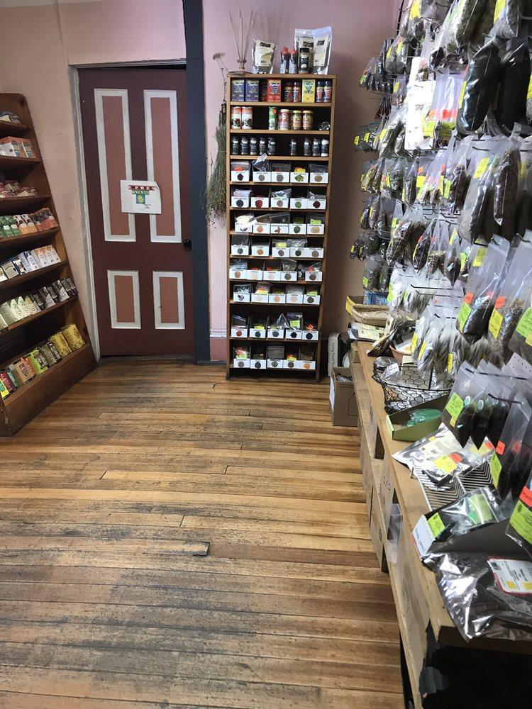 Semilla Natural Foods: 510 University Ave, Las Vegas, NM