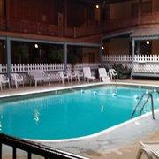 Moist spring hotel