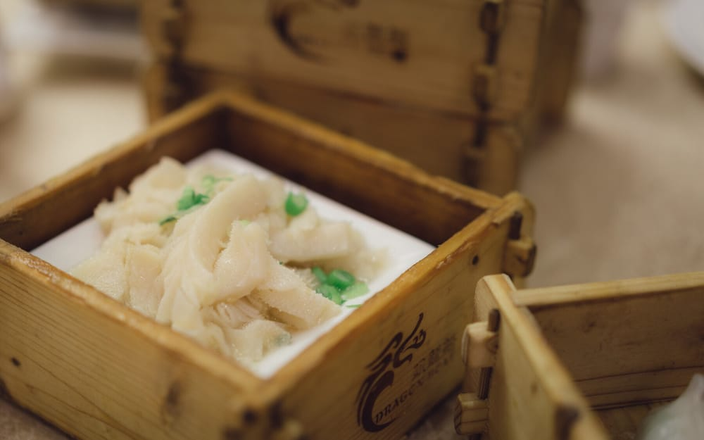 Latex table of content multiple lines