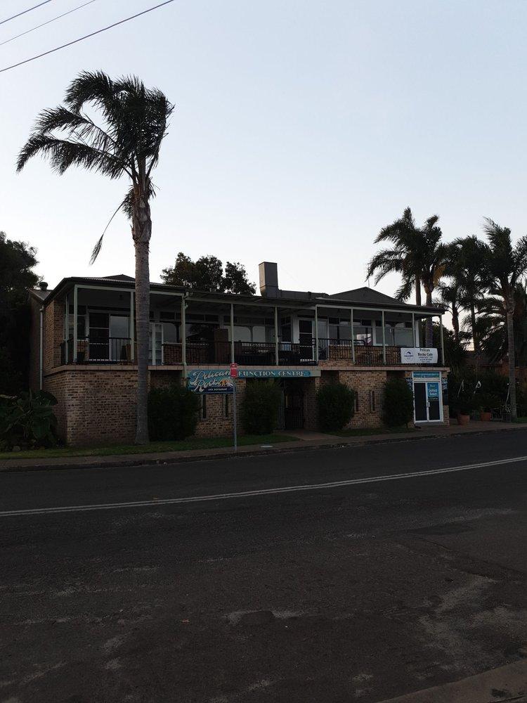 Pelican Rocks Seafood Restaurant & Cafe