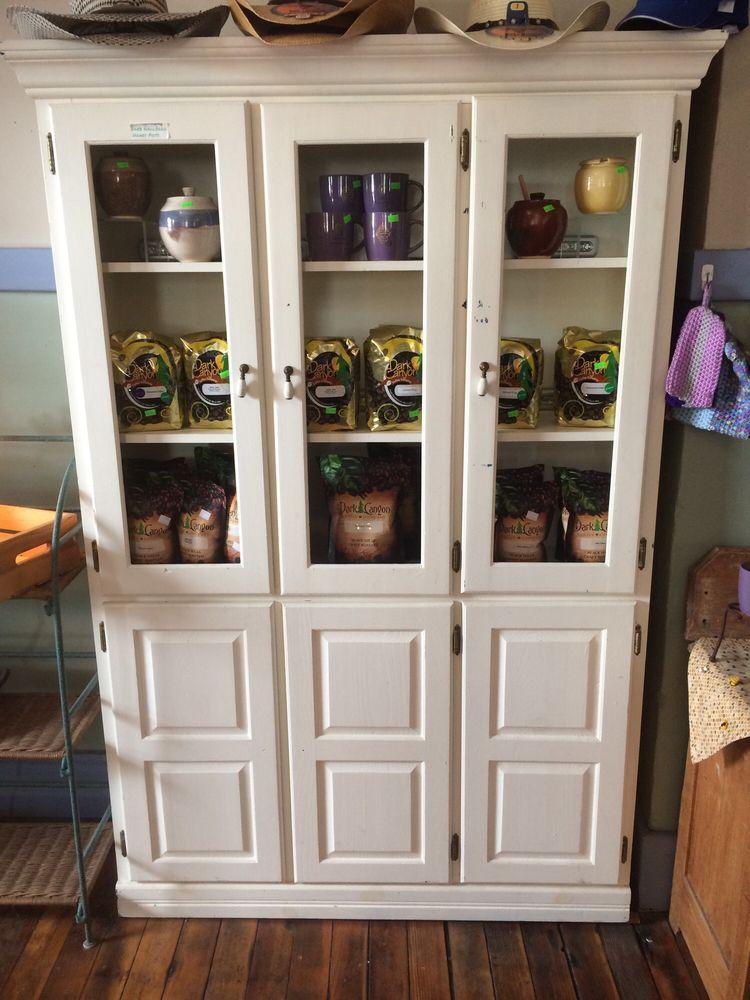 Gibbons Honey Farms: 102 Main St, Crawford, NE