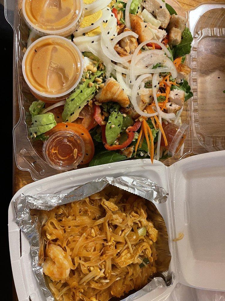 Thai Noodle Express: 248 Main St, Placerville, CA
