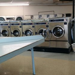 Econo Clean Coin-Operated Laundry - Laundromat - 2401