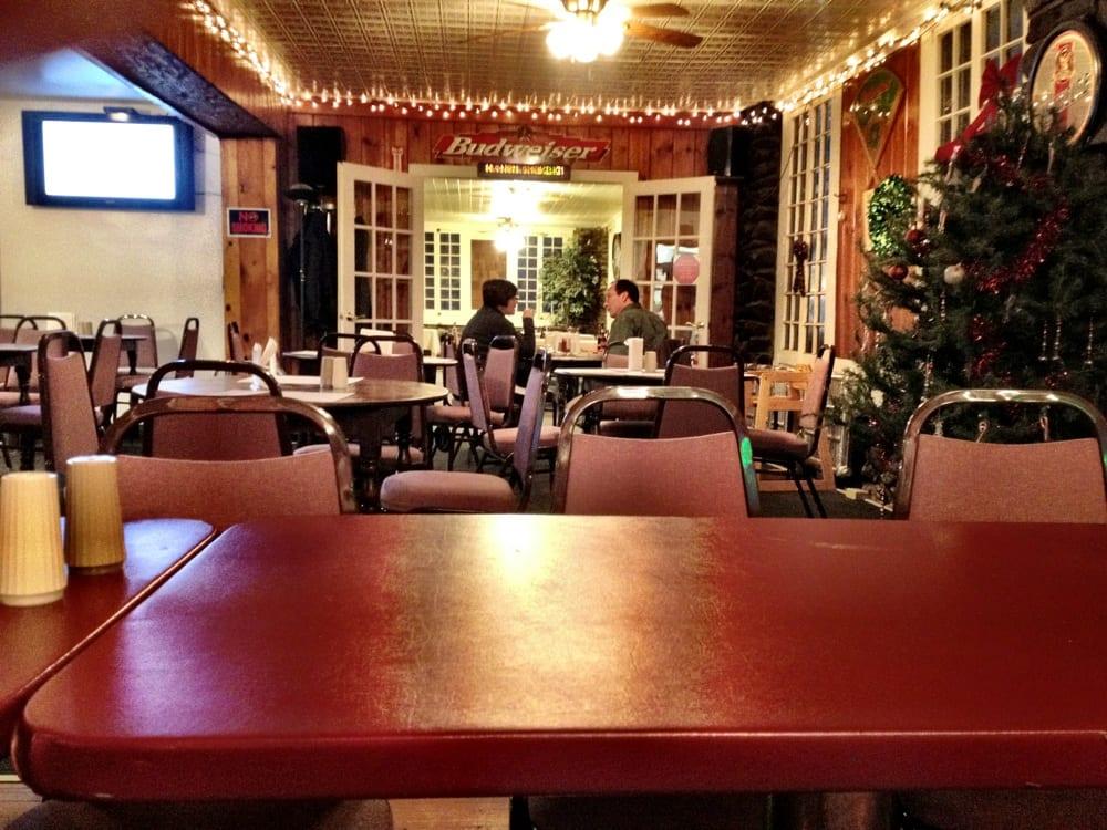Choconut Inn: 10 Quaker Lake Rd, Friendsville, PA