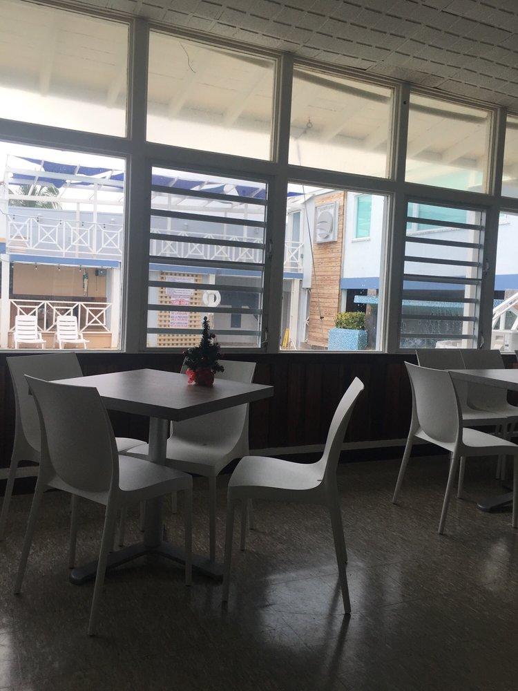 Restaurant Aquamarina: Carr. 304,  Km 3.3, Lajas, PR
