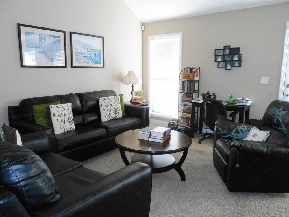It's Clutter Chaos!: Vaughn Rd, Montgomery, AL