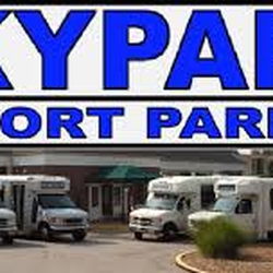 SkyPark offers the best rates for Lambert-St. Louis Internatinal Airport parking! We are proud to partner with Billiken Athletics! SLU students, alumni, faculty receive a $1 off their daily rate.