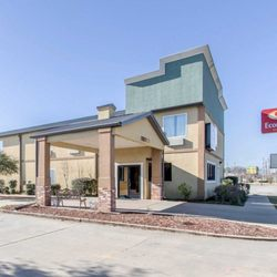Photo Of Econo Lodge Inn Suites Demopolis Al United States