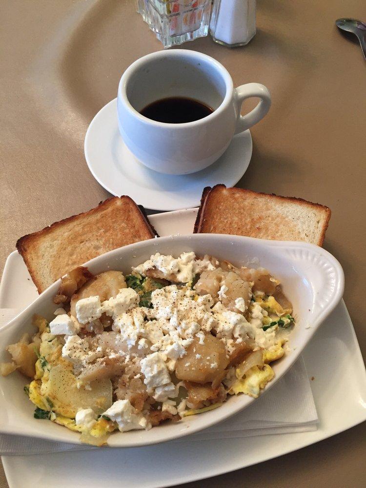 Howell's Cafe: 2-18 West Main St, Goshen, NY