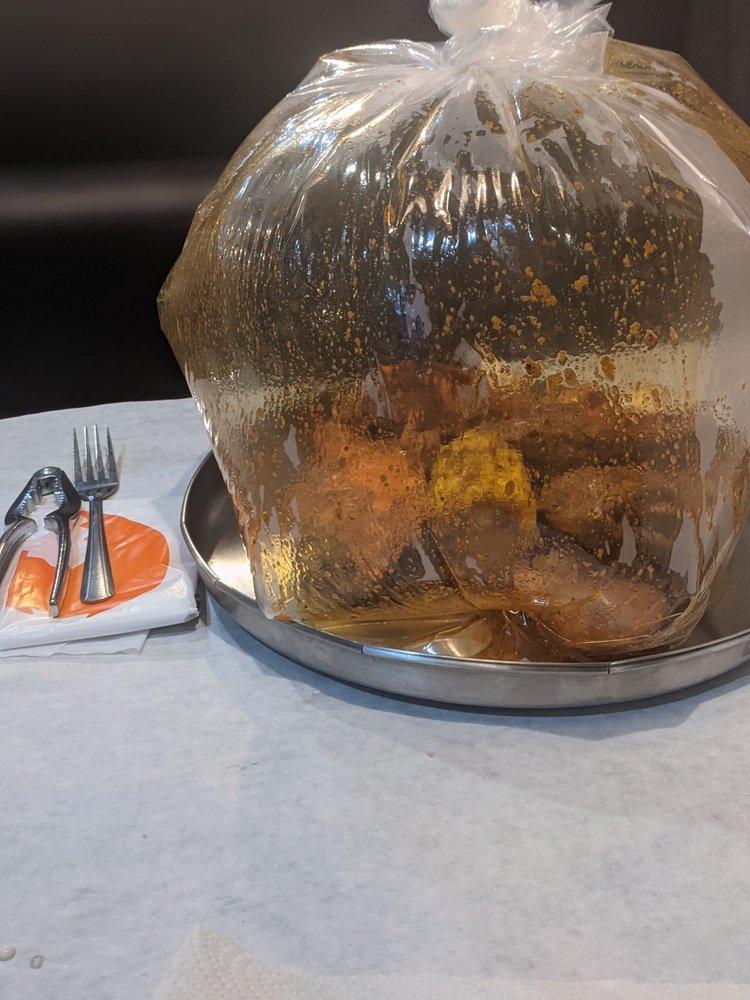 Crafty Crab: 225 Palm Bay Rd NE, West Melbourne, FL