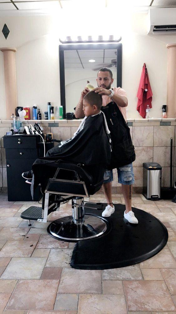 Creator Barber Shop: 39 1/2 E Main St, Ephrata, PA