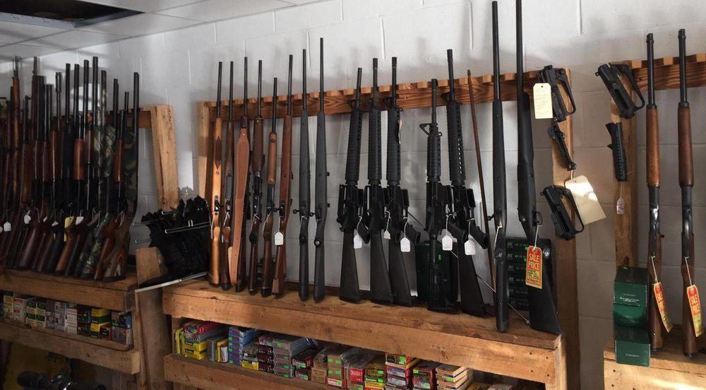 Straight Shooters Guns and Ammo: 182 S Main Street, Cleveland, GA