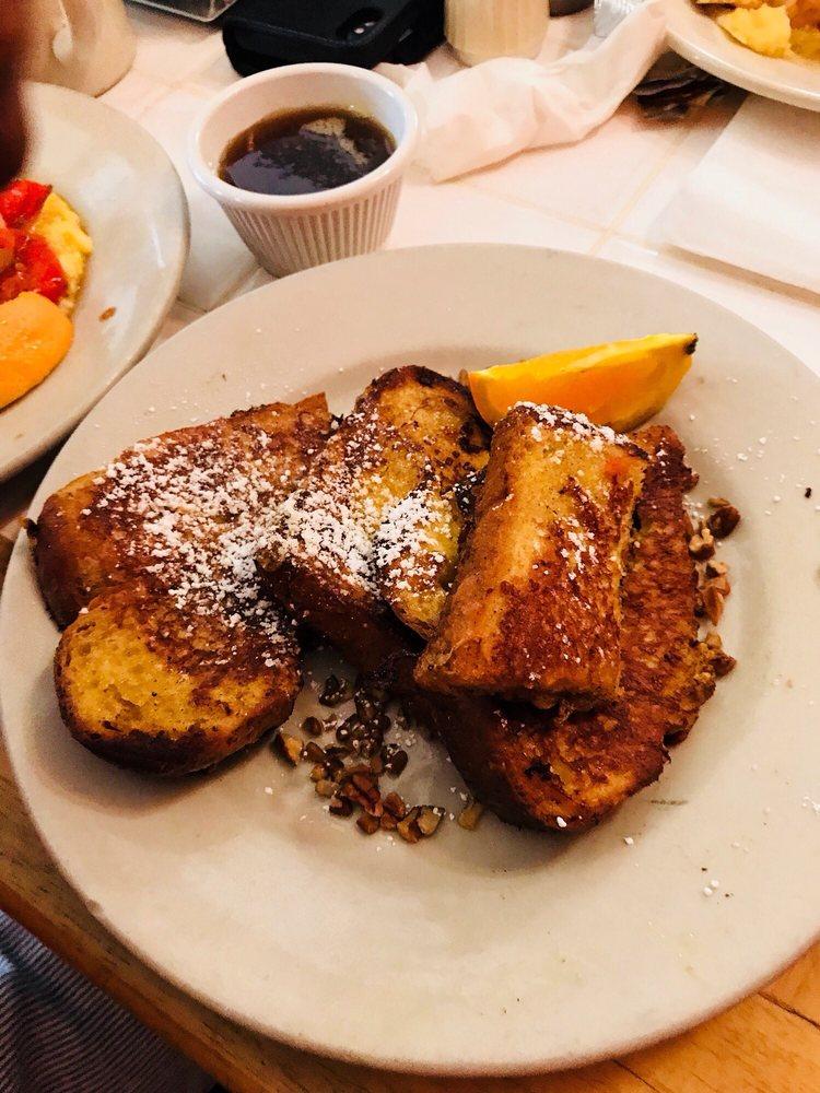 New Orleans Cake Café & Bakery