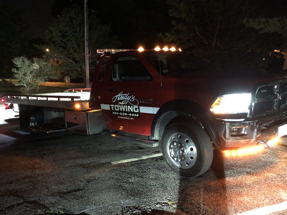 Towing business in Norwell, MA