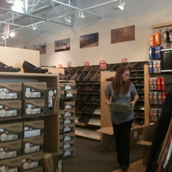 Rehoboth Beach Outlet Shoe Stores