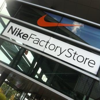 Nike Factory Store Wolfsburg   Öffnungszeiten   Telefon
