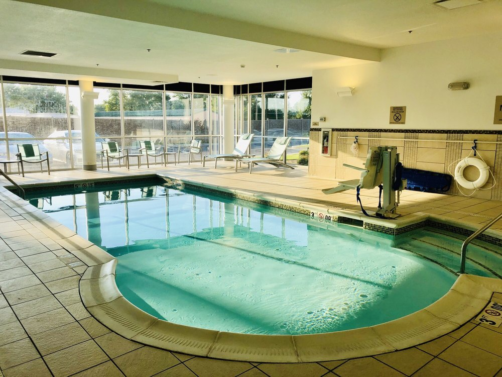 Springhill Suites by Marriott: 1512 N 12th St, Murray, KY