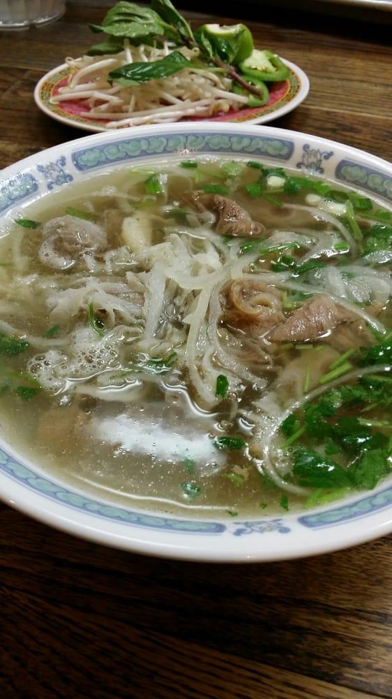 Vietnamese Restaurant Near Downtown