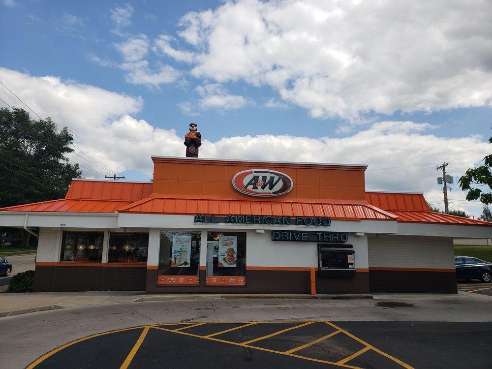 A&W Restaurant: 271 S Main St, Clintonville, WI