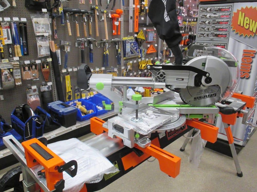 Leonards Hardware: 271 E Grand River, Laingsburg, MI