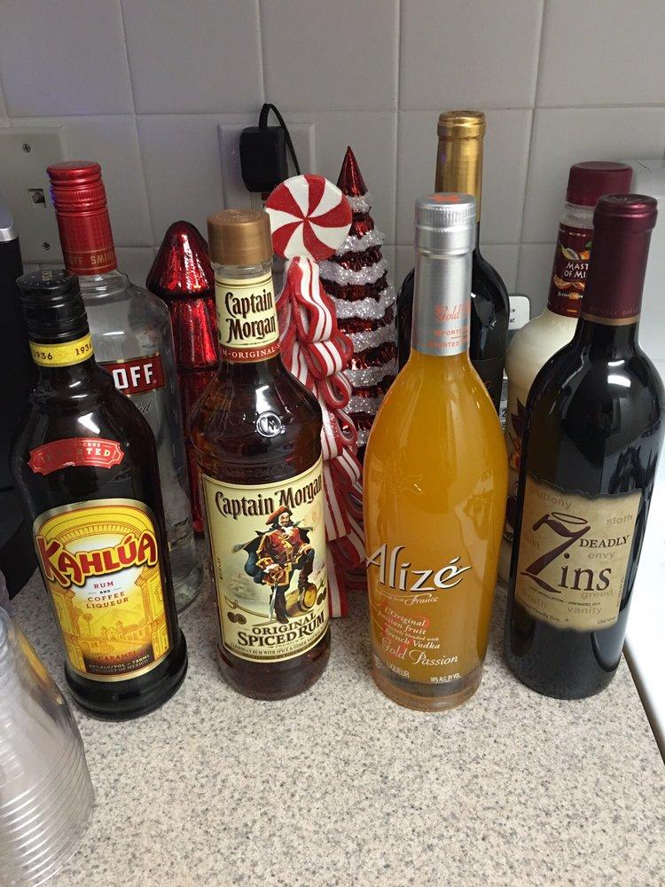 Decoo Wine & Spirits: 2229 Rte 112, Coram, NY