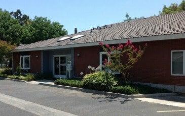 Samuel Leon: 560 W Grangeville Blvd, Hanford, CA