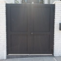 Charming Photo Of Green Garage Door U0026 Gate Repair   Van Nuys, CA, United States