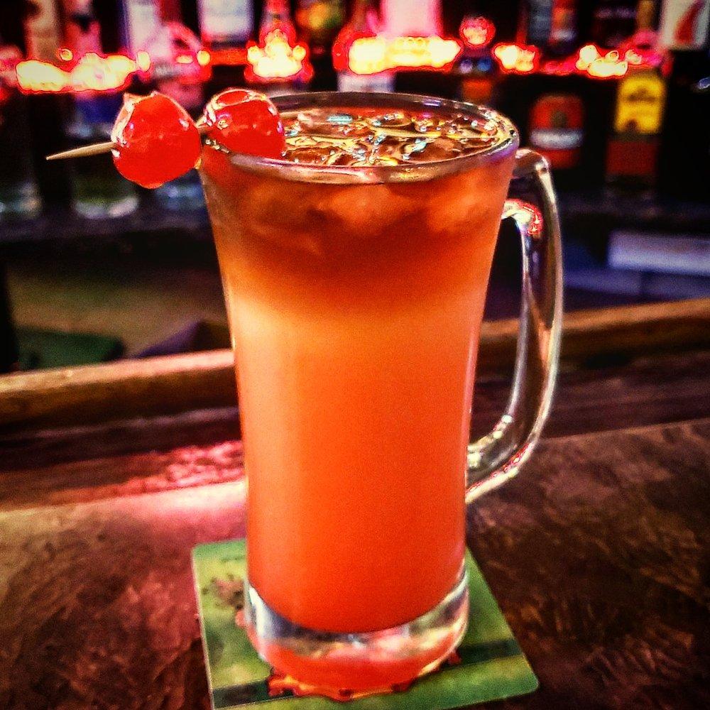 Drinx Bar & Grill: 370 S Main St, Lakeport, CA