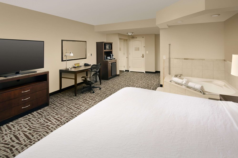 Hilton Garden Inn Huntsville South/Redstone Arsenal: 301 Boulevard South SW, Huntsville, AL