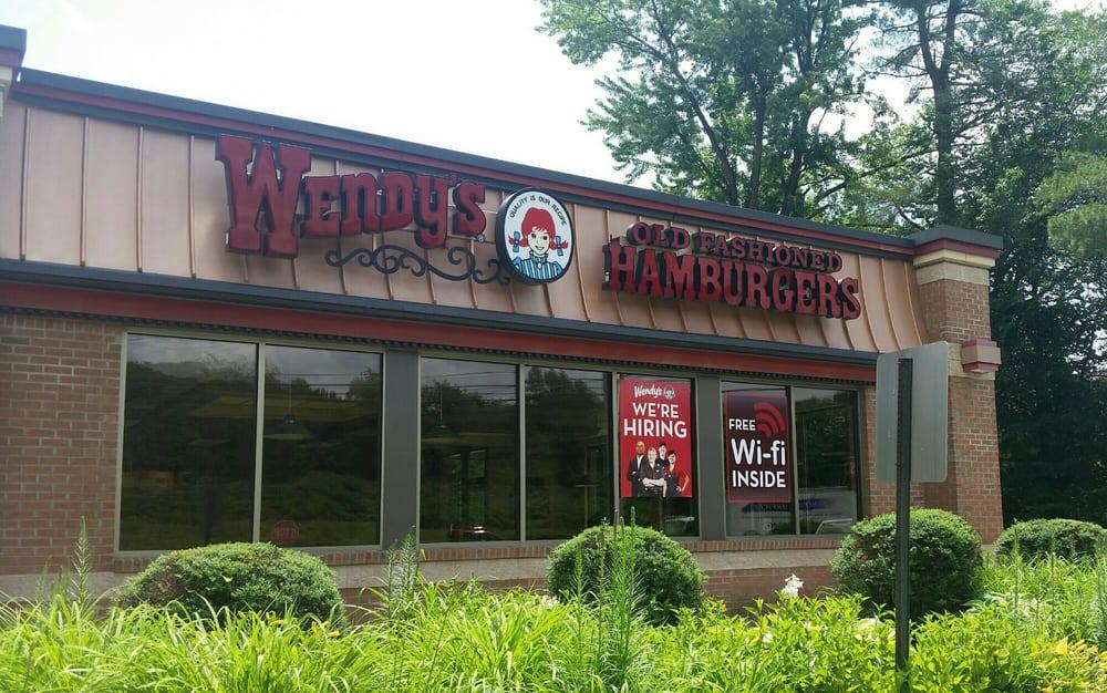 Wendy's: 1059 Putney Rd, Brattleboro, VT