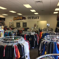 f21c40a2d18618 Eastbay - 26 Photos   168 Reviews - Sports Wear - 111 S 1st Ave ...