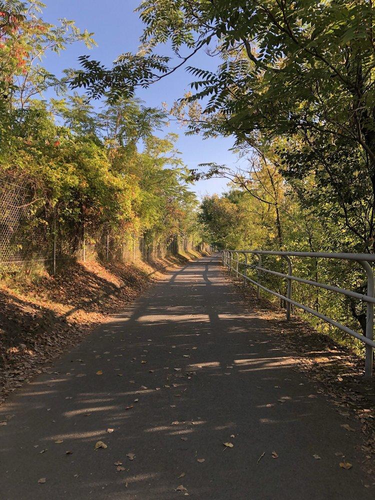 Mohawk - Hudson Bike Trail: 271 Mohawk Hudson Bikeway, Schenectady, NY