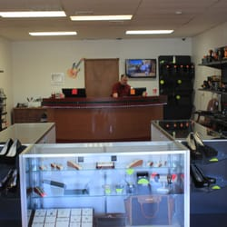 Photo Of 1st Class Bargains   Yukon, OK, United States. Buy, Sell