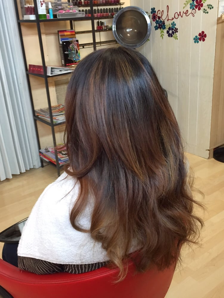 Here\'s the back of my ombre coloring - highlights still came through ...