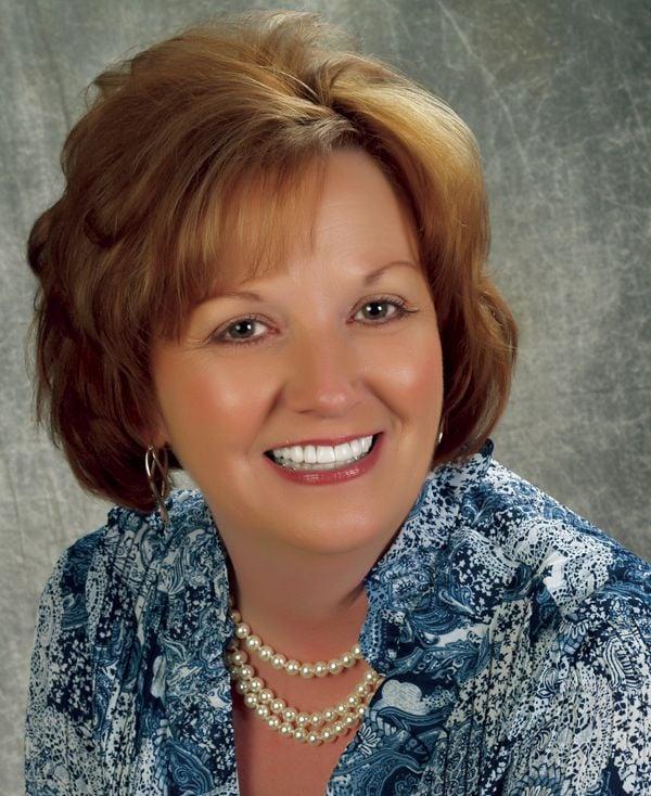 Karen Yelton - State Farm Insurance Agent: 97 Ridgeway Ave, Falmouth, KY