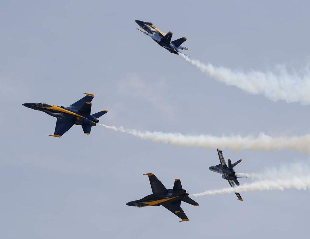 Spirit Air Show: 18260 Edison Ave, Chesterfield, MO