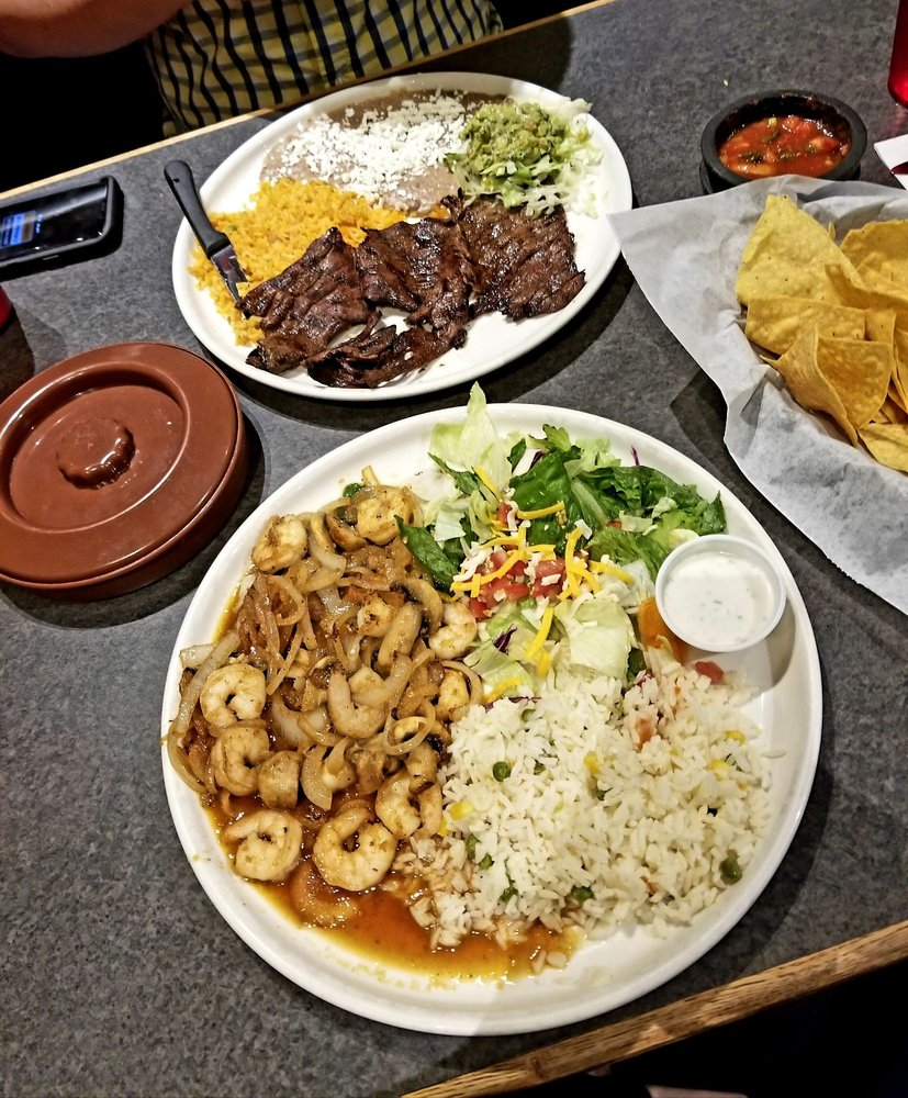 Hacienda Real: 4811 NW 1st St, Lincoln, NE