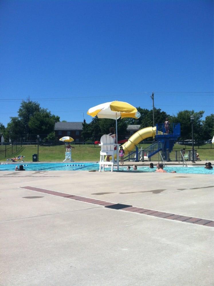Dixon pool swimming pools 1300 dixon st fredericksburg va phone number yelp for Dixon park swimming pool fredericksburg va