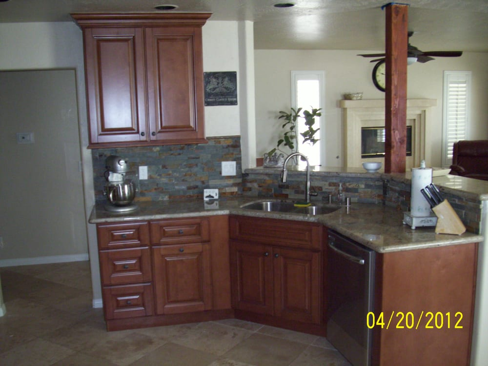 Kitchen Remodeling With Mocha Cabinets Ivory White