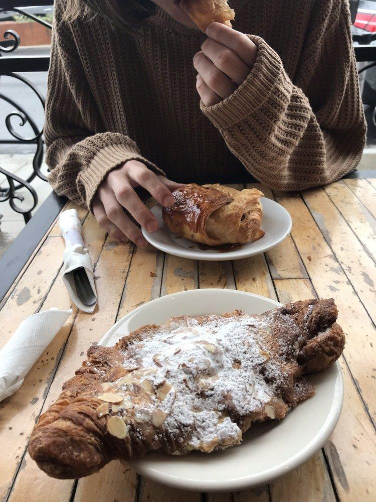 Pandor Artisan Bakery & Café