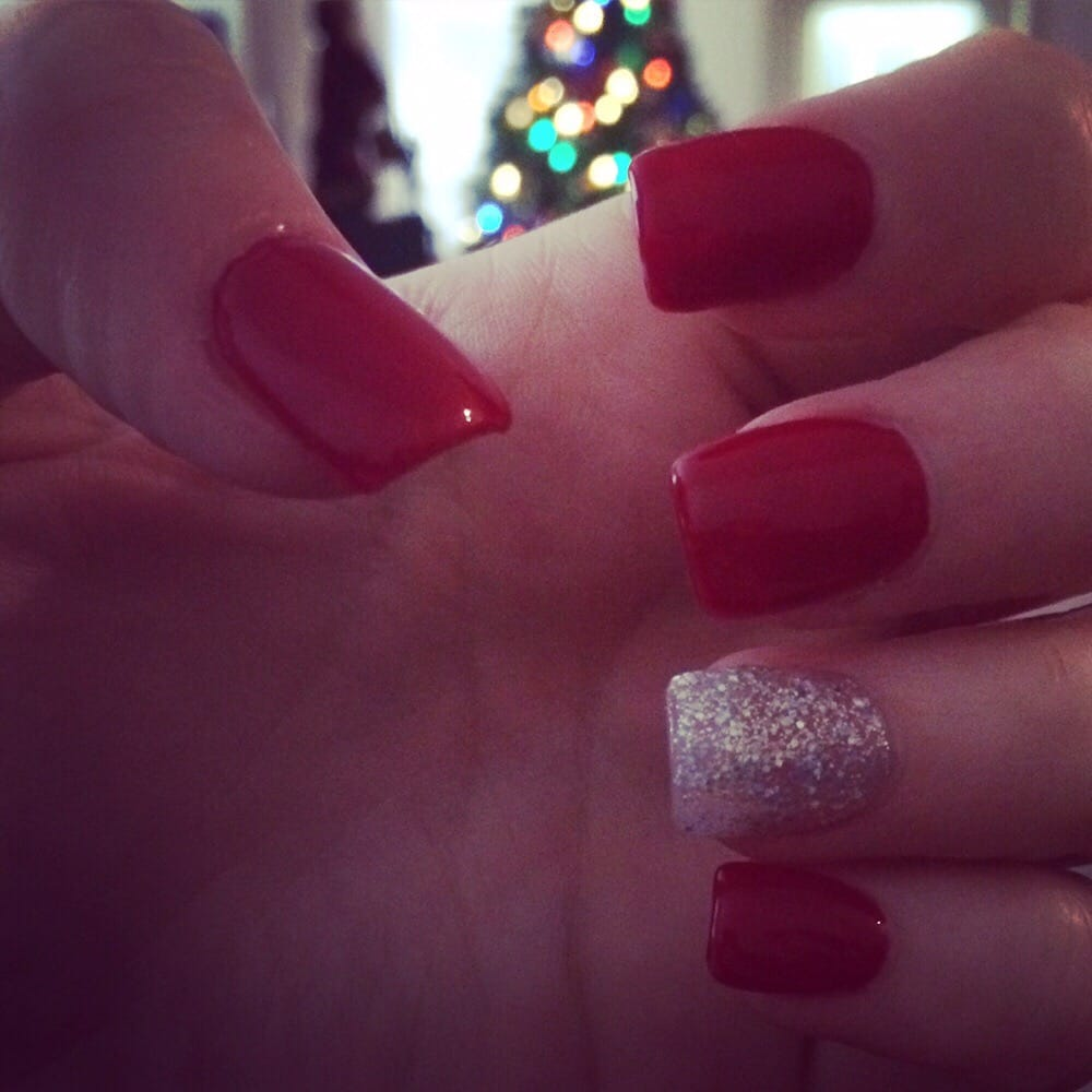 Hollywood Nail And Spa: Holiday Inspired Nails!