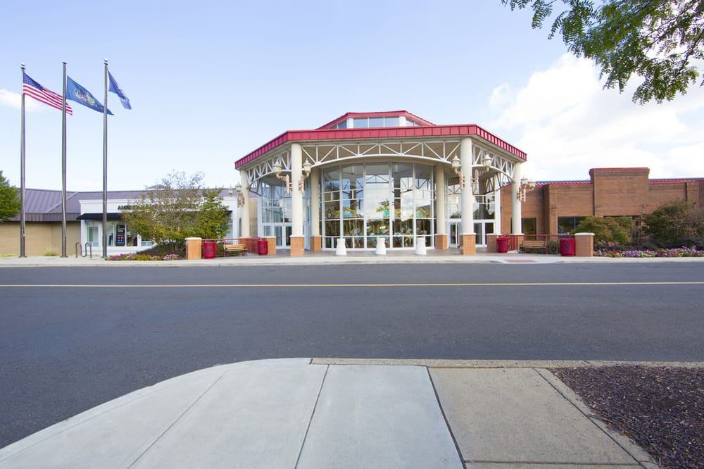Willow Grove Park Mall