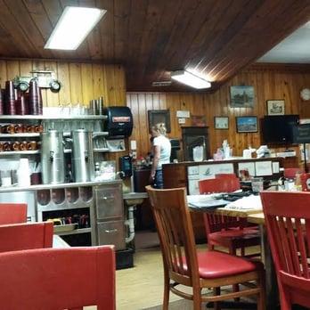 Photo Of Bett S T Chiefland Fl United States The Restaurant Interior