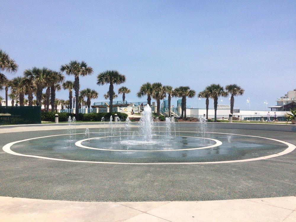 Restaurants Near Daytona Beach Pier