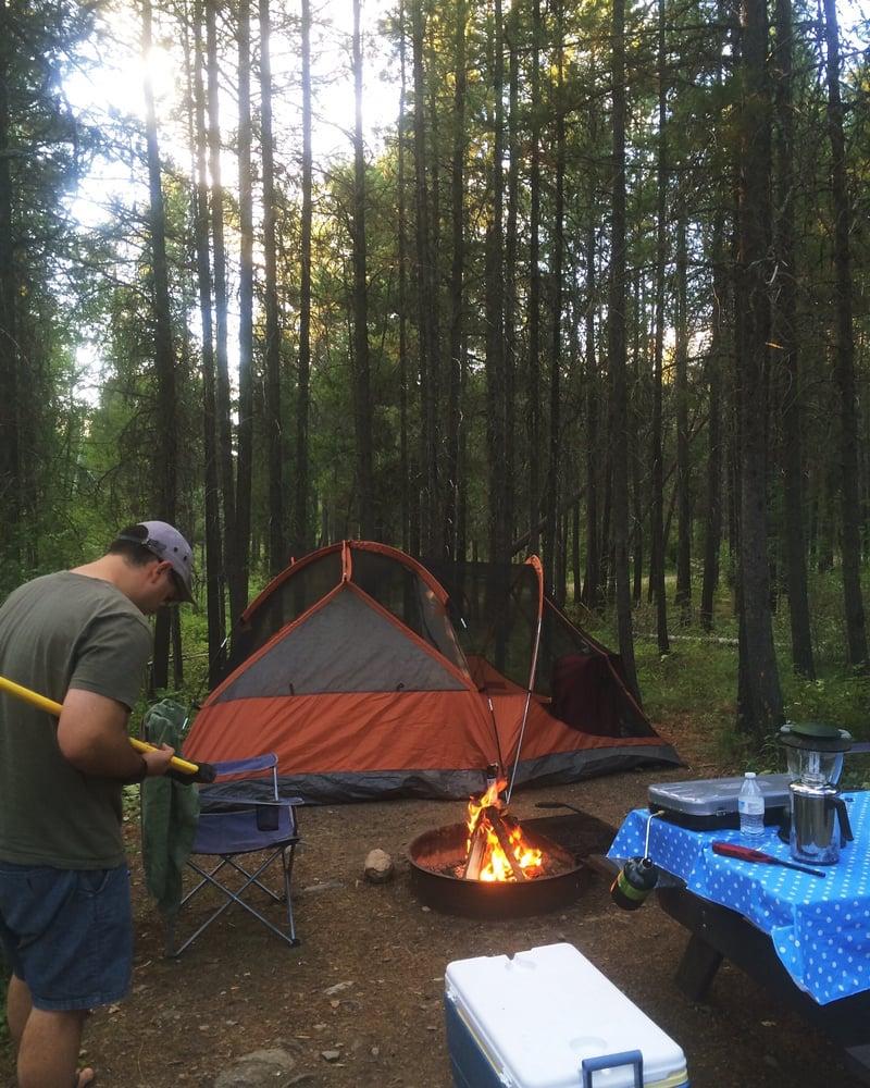 Sundance Campground & RV Park: 10545 US Hwy 2 E, Coram, MT