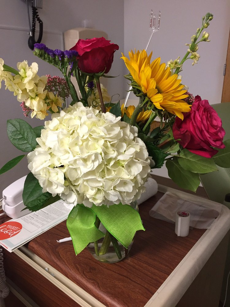Fallo Van Os Floral Co: 1035 Veterans Memorial Blvd, Metairie, LA