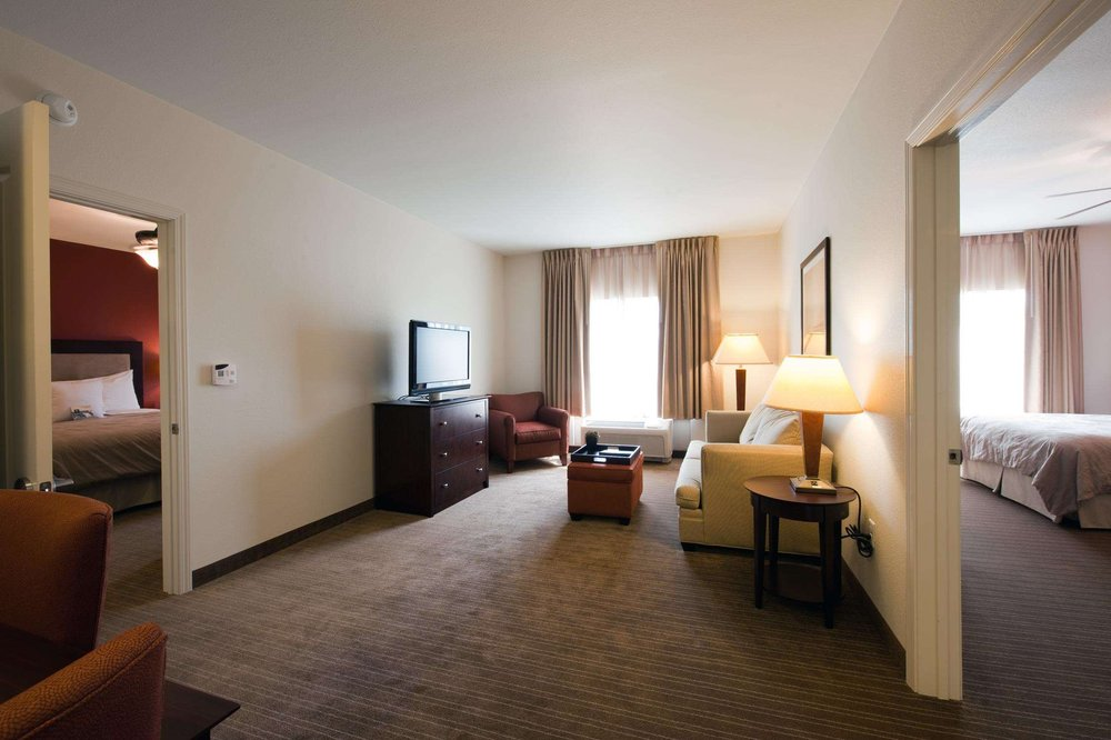 Homewood Suites by Hilton St. Louis - Galleria: 8040 Clayton Rd, Richmond Heights, MO
