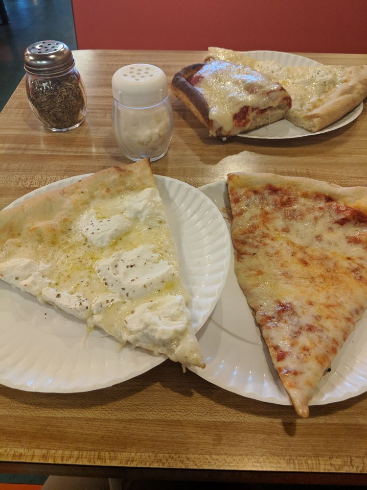 Carlo's Pizza: 7001 N Rte 309, Coopersburg, PA